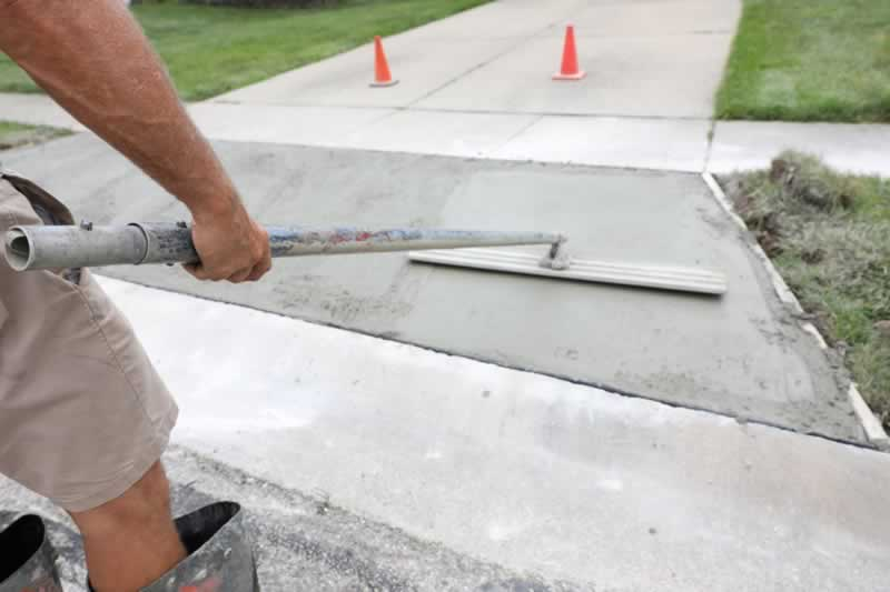 Tips For Repairing Your Concrete Driveway
