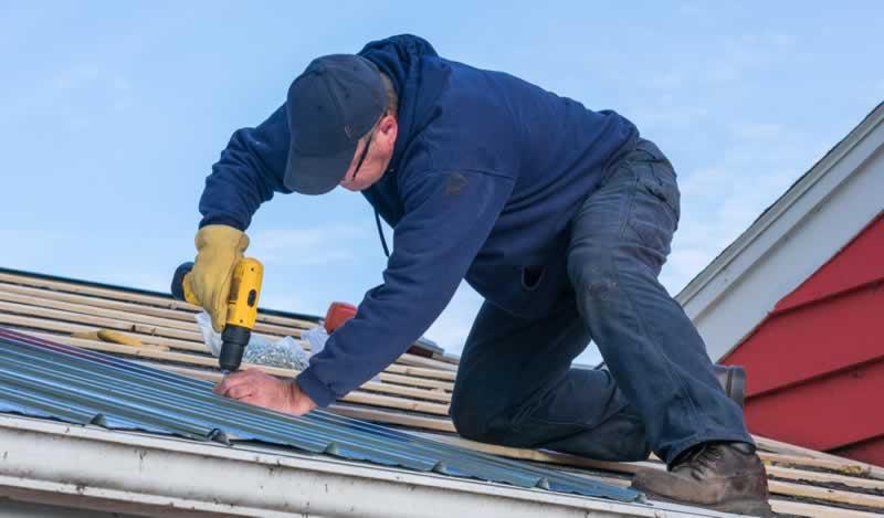 Tips on Hiring a Roofing Professional - roofer
