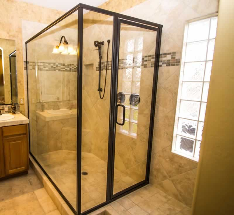 What will be the Appropriate Glass Thickness for My Custom Shower Door - framed shower door