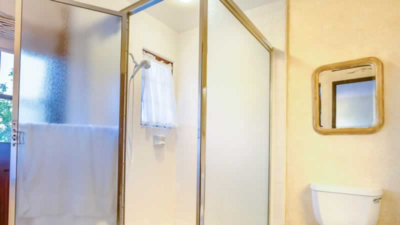 What will be the Appropriate Glass Thickness for My Custom Shower Door - weight bearing