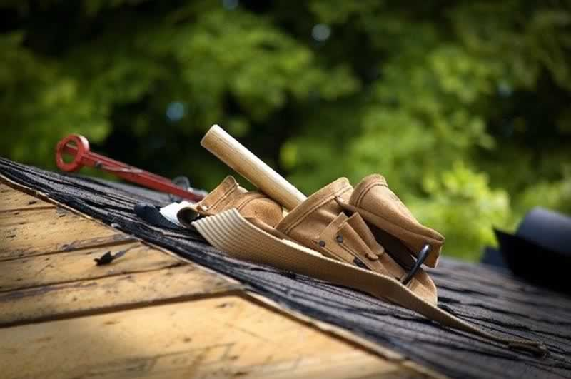 About Roof Restoration in Newcastle - tools