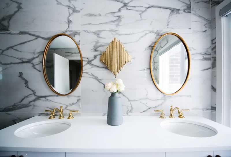 Bathroom Renovations 7 tips from Springfield contractors - vanity
