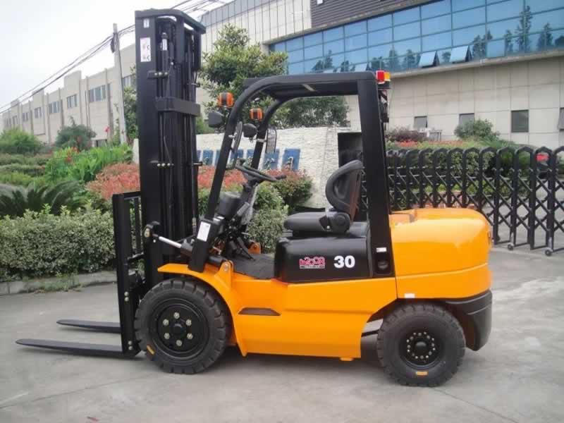 Five things to consider when buying an on-sale forklift - diesel forklift