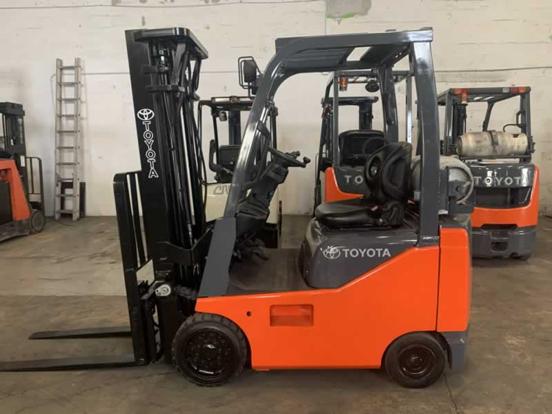 Five things to consider when buying an on-sale forklift
