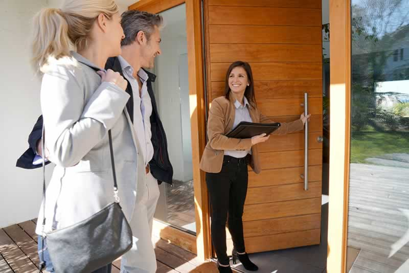 How To Find A Great Real Estate Agent - real estate agent