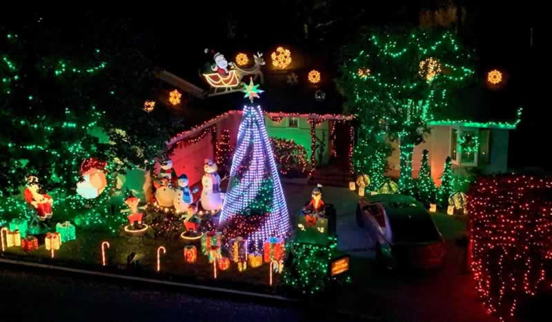 How to decorate your house safely this Christmas - amazing house