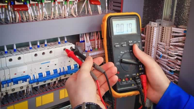 Is a Multimeter an Electrician's Best Friend - multimeter