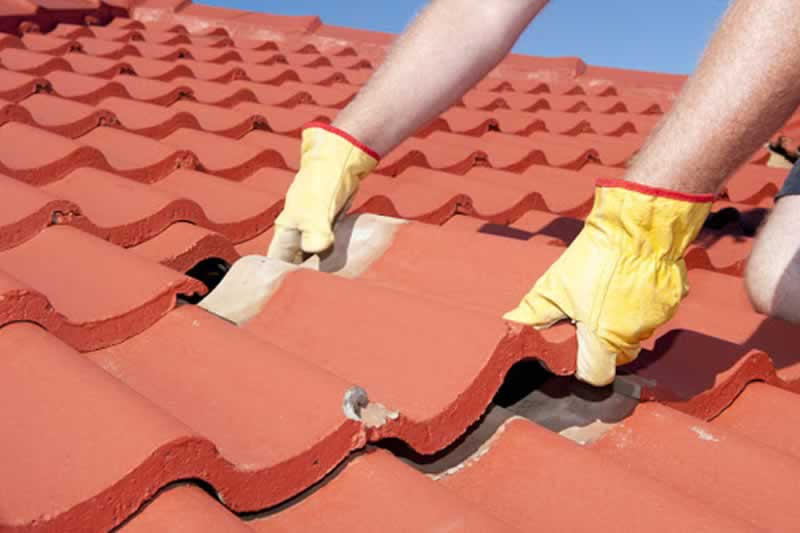 Is it a Good Idea to Perform Roof Repair Yourself - repairing