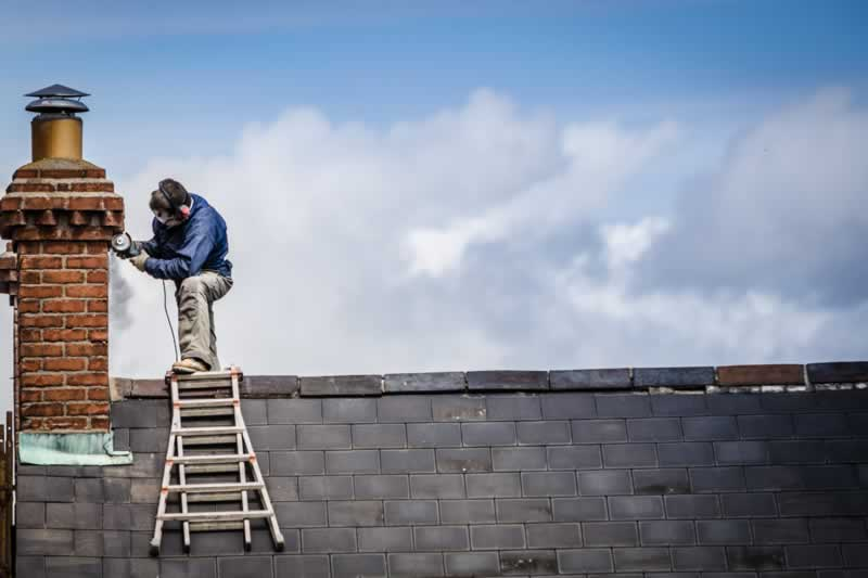 Top 7 Tips For Proper Roofing Repair Burlington - repairman