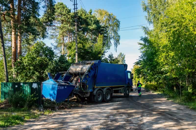 What Are The Benefits Of Using A Skip Bin Service