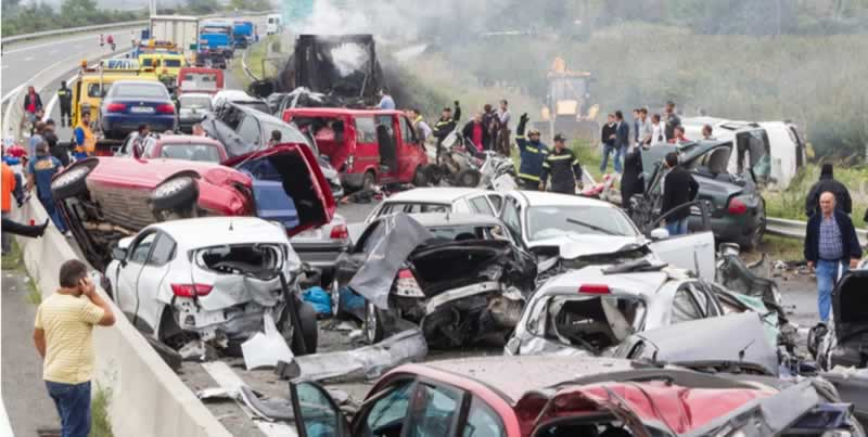 10 Biggest Pile-Up Accidents