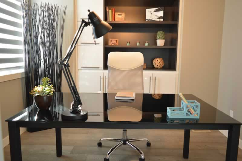4 Easy Tips and Tricks for Setting Up Your Home Office - office