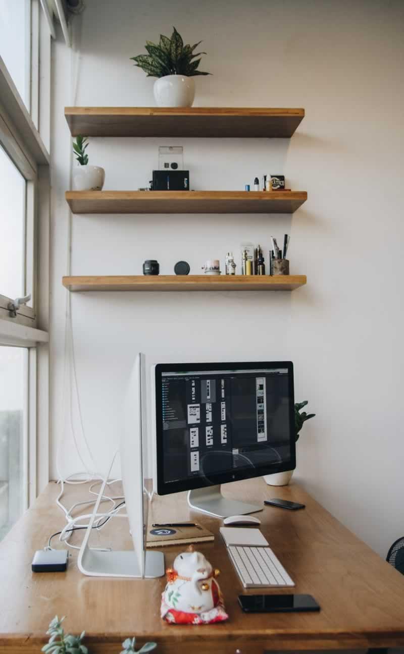 4 Easy Tips and Tricks for Setting Up Your Home Office