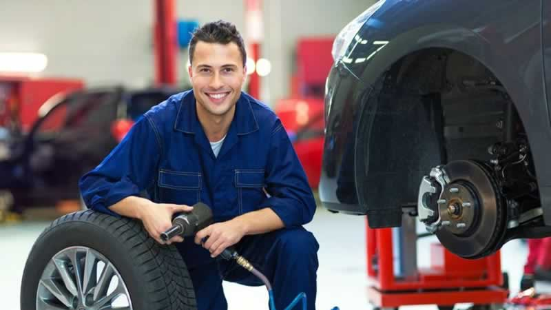 Factors to consider when hiring the right mechanic - mechanic