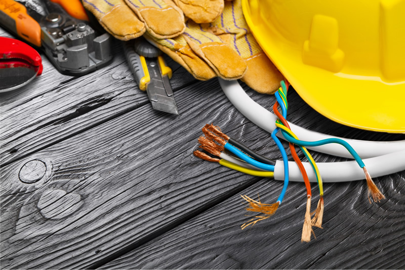 How To Find A Top Rated Electrician In Colorado - tools