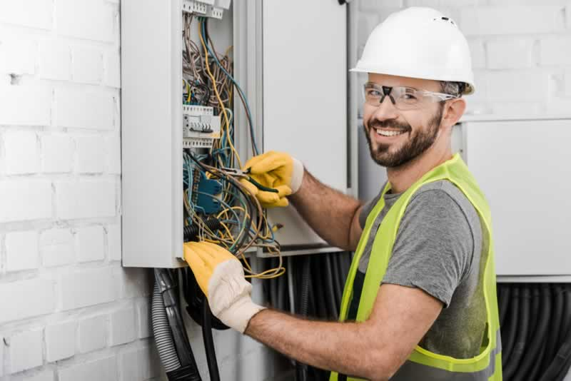 How To Find A Top Rated Electrician In Colorado