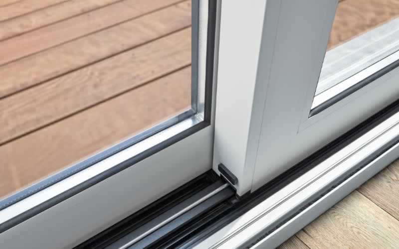 How to Choose The Best Professional Window and Door Fitters