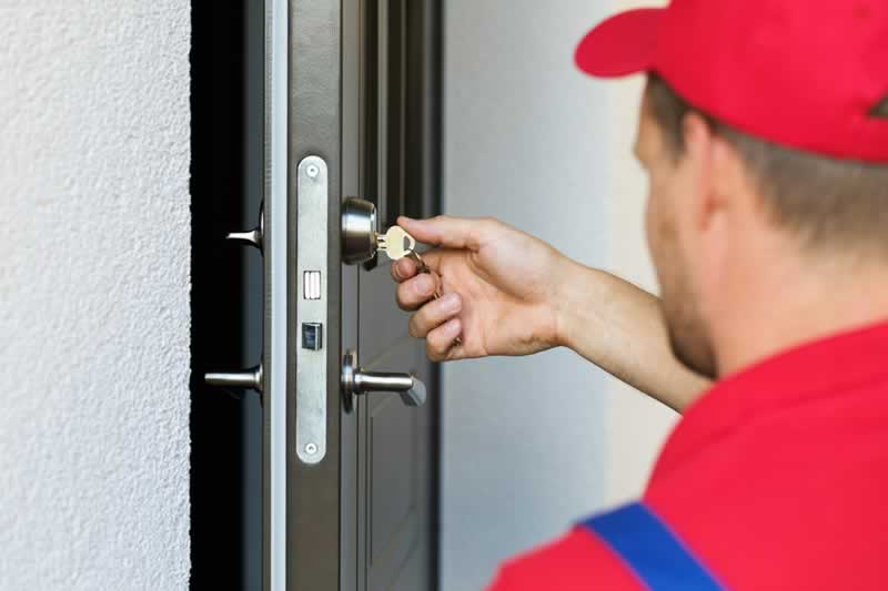 Step-by-Step Guide on how to become a professional locksmith in Orlando