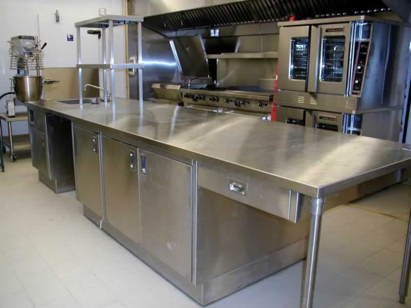 Types of Commercial Stainless Steel Kitchen Tables