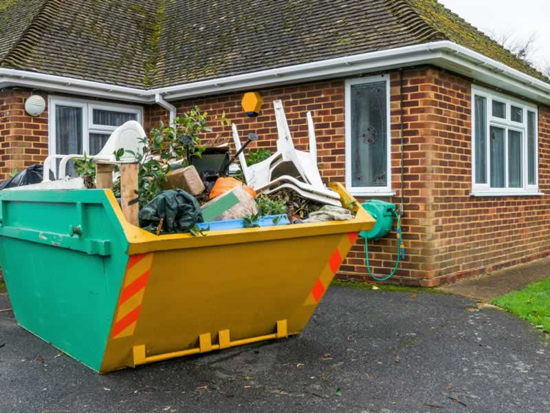 4 Ways to Reduce and Manage Waste While Renovating