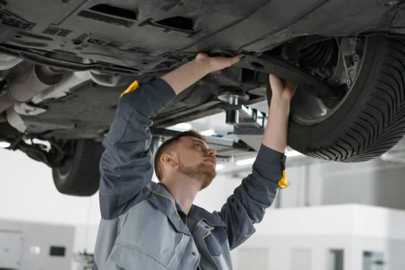 5 Signs You Need to Purchase New Undercarriage Car Parts - undercarriage