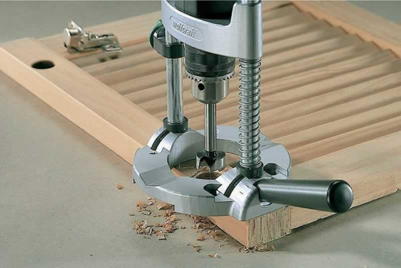 5 Simple Steps to Drill Long Straight Holes in Wood - jig
