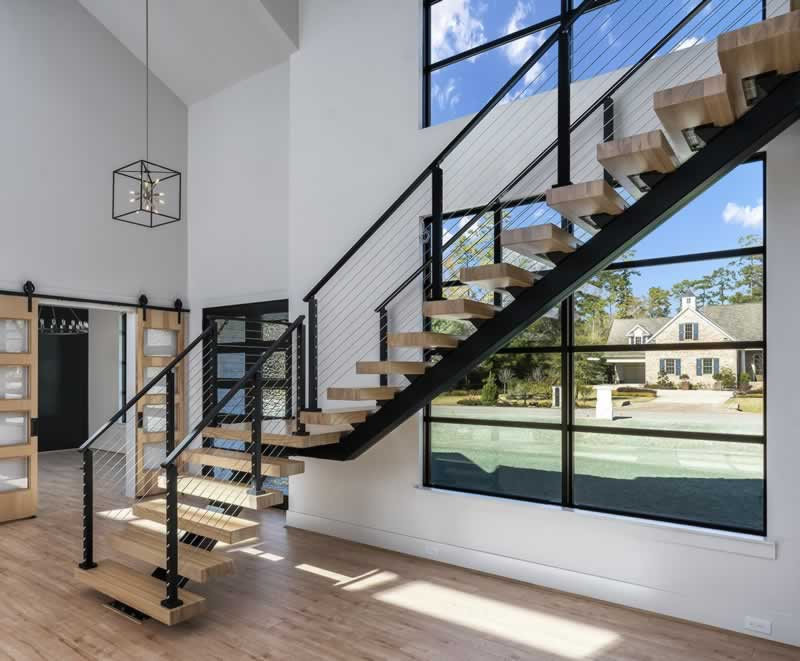 5 Things to Consider Before Installing a Steel Staircase