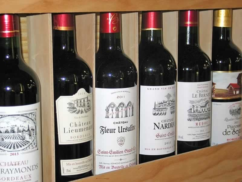 Great Gifts You Can Buy Your Friends in 2021 - wine