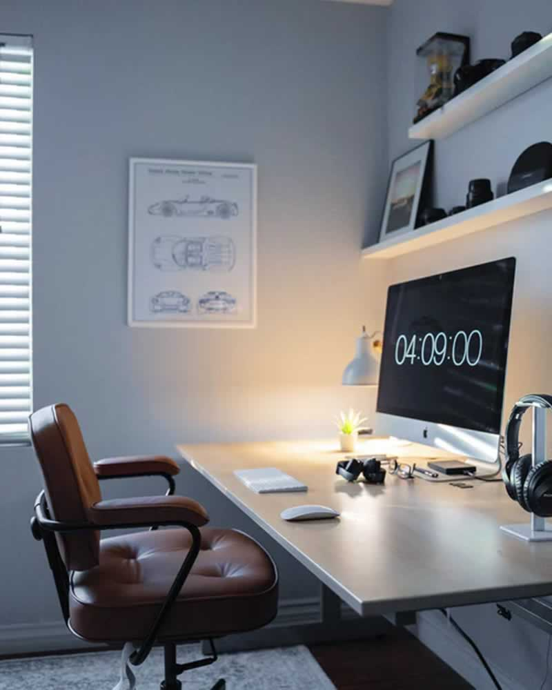 How to Use Your DIY Skills to Create a Home Office - office