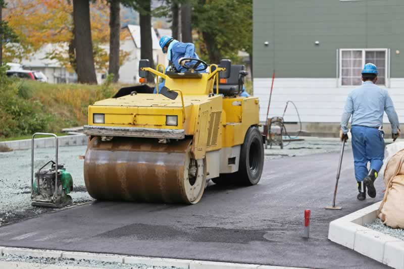4 Reasons To Hire An Asphalt Company