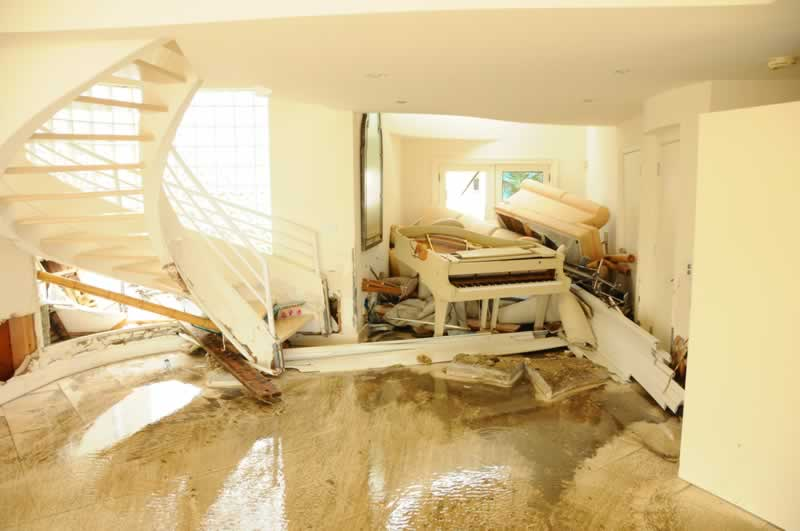 4 Tips For Disaster Restoration - interior