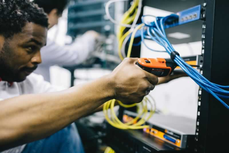 Finding an Electrician in Inner West, Sydney and What to Expect