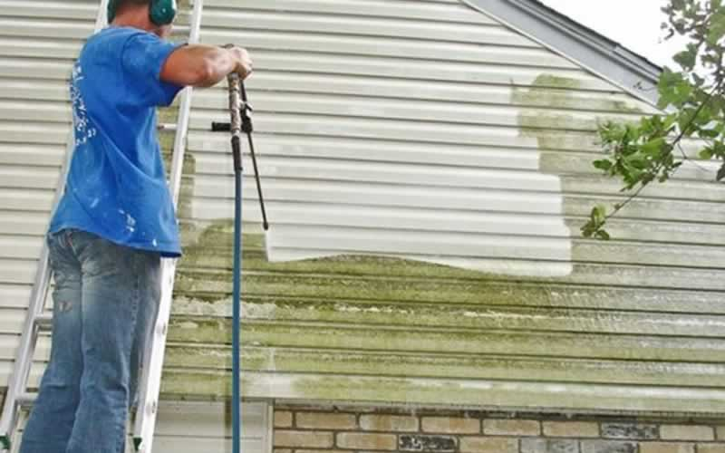 How Long Does It Take to Pressure Wash a House - pressure washing