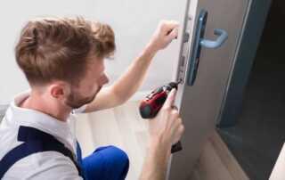 How To Become A Locksmith - locksmith