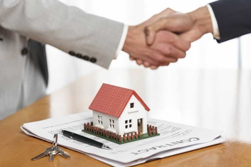 How to sell houses fast through real estate investors - contract