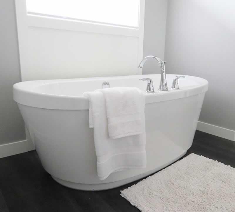 Trends in Bathroom Design in 2021 - bathtub