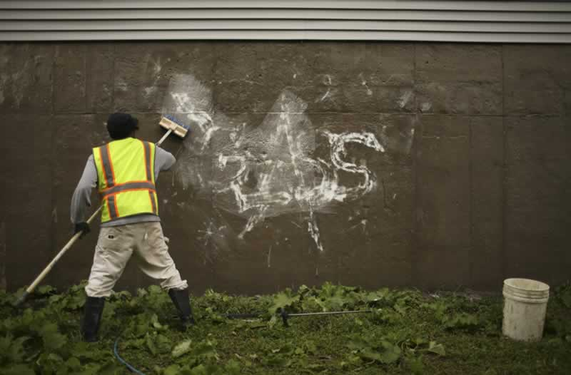 What solvents are used to remove graffiti - removing