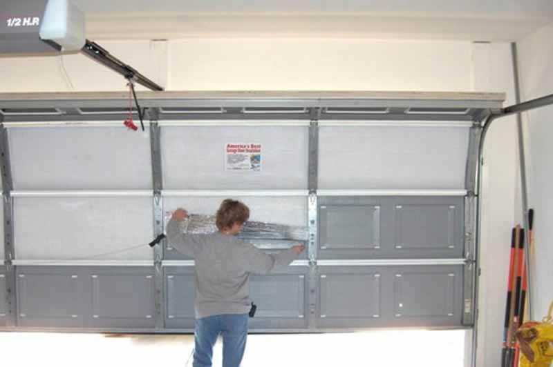 When to DIY and When NOT to DIY Garage Door Repairs - garage door repair