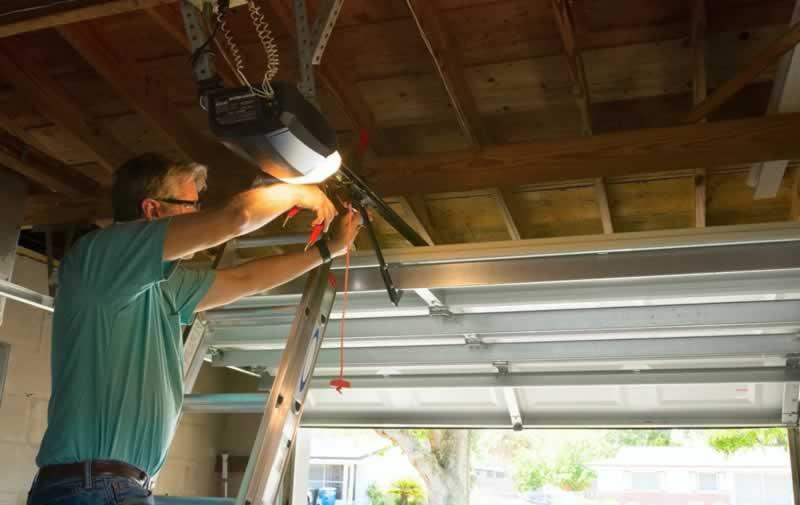 When to DIY and When NOT to DIY Garage Door Repairs