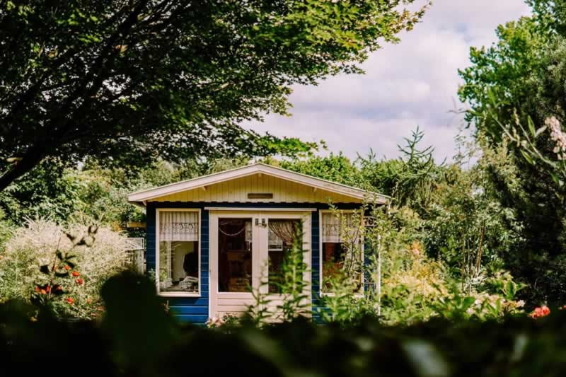 Why You Should Consider Building a Simple House