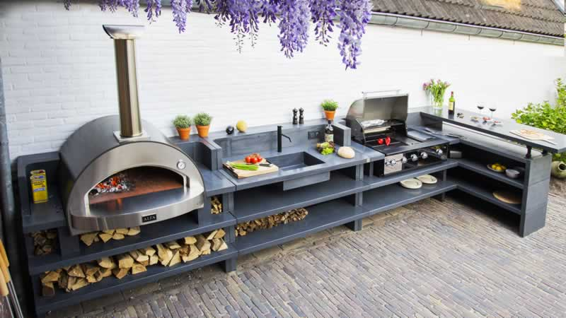 7 Joys Known Only to Those Who Are Fortunate Enough To Have an Outdoor Kitchen - outdoor kitchen