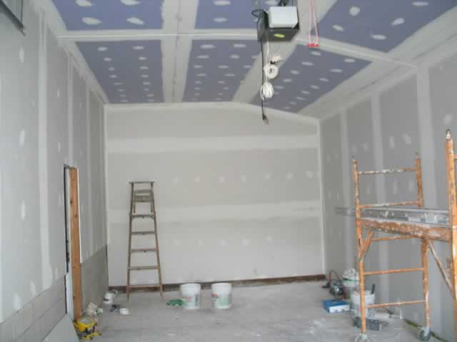 How to Select the Right Drywall for Your Garage
