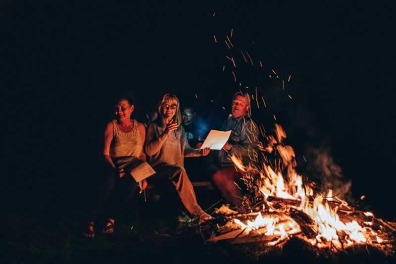 Making A Bonfire In Australia - bonfire