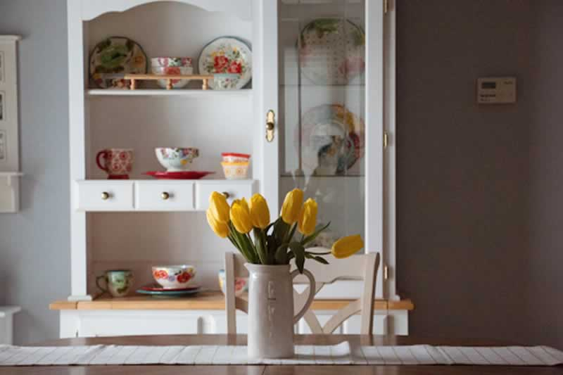 Planning to Shop for Home Decors - flowers in the vase