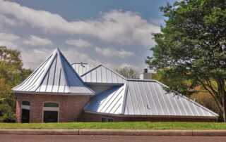 Why are homeowners turning to metal roofs for their homes - roof