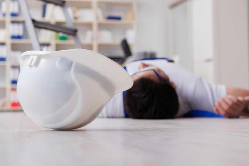 7 Tips To Avoid Home Repair Hazards - injury