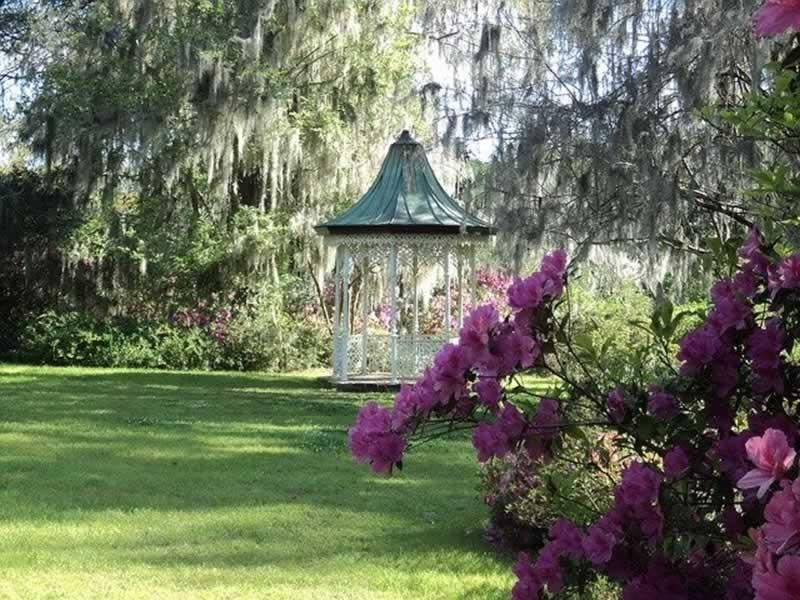 Benefits of Having a Gazebo on Your Garden