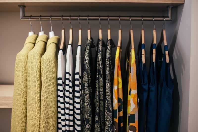 Design Your Reach-In Closet With These Tips From The Pros