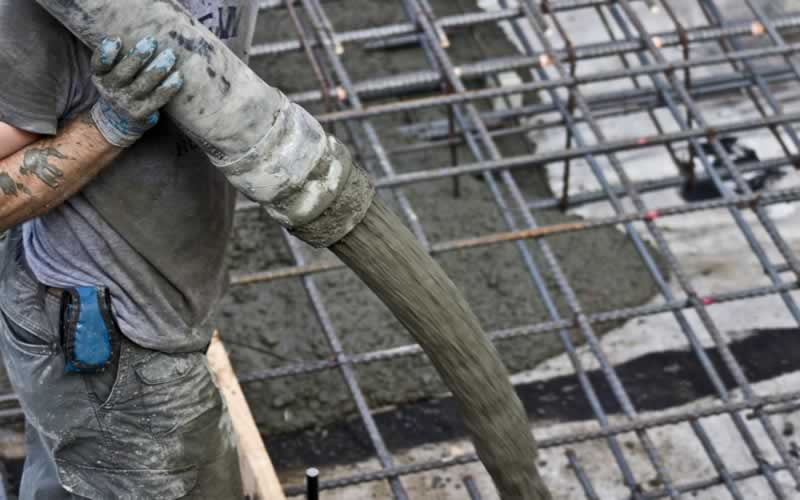 How Far Can They Pump Concrete - pouring