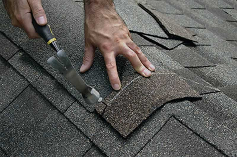 Important Factors to Consider When Doing Roof Repairs - shingle repairs